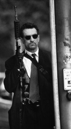 Robert De Niro in Heat (1995)