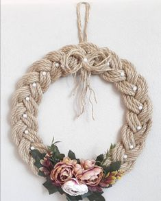 Diy Crafts - decoracion-things to make - Gifts things to make - Gifts macrame macrame decoracion Burlap Crafts, Wreath Crafts, Diy Home Crafts, Diy Arts And Crafts, Diy Wreath, Grapevine Wreath, Christmas Wreaths, Christmas Crafts, Christmas Decorations