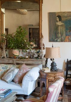 French Country Living Room, French Country Decorating, French Cottage, Plywood Furniture, Living Room Furniture, Living Room Decor, Living Rooms, Salon Chairs, Vintage Modern