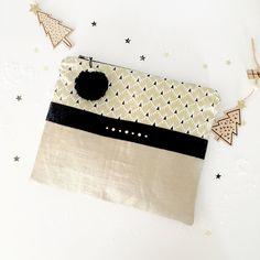 Le chouchou de ma boutique https://www.etsy.com/fr/listing/572651065/pochette-plate-zip-lin-dore-et-coton