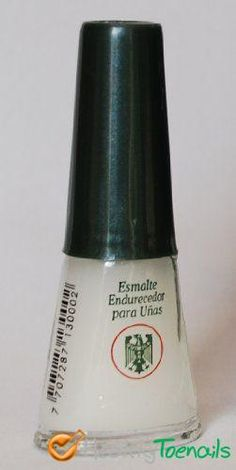Quimica Alemana -- the bottle that changed my life. Nail Hardener, Brittle Nails, Nail Treatment, Glitz And Glam, Feet Care, You Nailed It, Cleaning Supplies, Beauty Makeup, How Are You Feeling