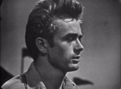 That incredible face. Hollywood Actor, Hollywood Actresses, Actors & Actresses, Jimmy Dean, Vintage Hollywood, Classic Hollywood, James Dean Photos, Rebel Without A Cause, Star Wars