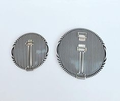 Lovely Vintage black & white striped, kinetic art , travel mirrors, makes a great purse accessory , Mid Century modern, mid century mirror, vintage mirror, old travel mirror  Pretty folding mirror has a built in metal stand where one side is regular and the other is a magnifying mirror. Convenient purse mirror is round and compact.  One is bigger :  Other one smaller :    Great condition! | Shop this product here: http://spreesy.com/VintagechicBrussels/269 | Shop all of our products at…