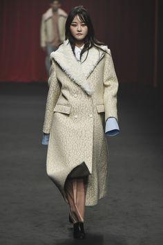 Ordinary People Seoul Fall 2016 Fashion Show