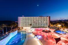 Ibiza, Relax, Marina Bay Sands, Fair Grounds, Building, Fun, Travel, Swimming Pools, Hotels