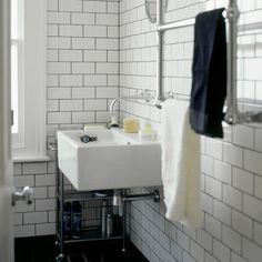 Bathroom subway tiles and butler sink with exposed piping. i will have a bathroom with white subway tiles and gray grout, no matter what White Subway Tile Bathroom, Ceramic Subway Tile, White Tiles, White Sink, Black Grout, Grey Grout, Bath Tiles, Tile Grout, Grouting
