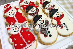 i've baked xmas cookies before but they weren't very good the icing was falling off of the sides. i would like to make good xmas cookies Christmas Goodies, Christmas Treats, Christmas Baking, All Things Christmas, Winter Christmas, Christmas Time, Merry Christmas, Christmas Snowman, Christmas Pictures