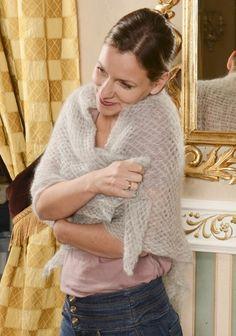 Großes Häkeltuch aus Kremke Soul Wool Silky Kid. Das Garn dazu findet ihr auf www.schmeichelgarne.de