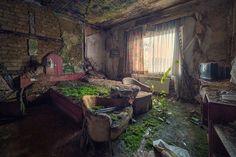 Habitación de un hotel abandonado
