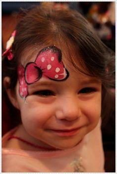 Easy to make Bow Face Paint for Little Girls.