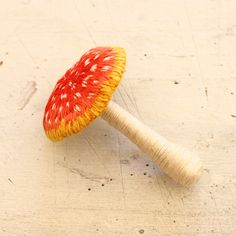 Felt embroidery red toadstool フェルト刺繍の赤い毒キノコ by PieniSieni