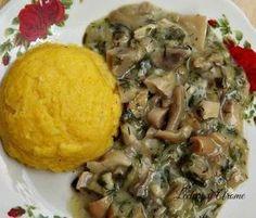 Tocanita de ciuperci cu mamaliguta calda (de post/vegan) Polenta, Food Art, Mashed Potatoes, Cookie Recipes, Ale, Good Food, Brunch, Vegetarian, Chicken