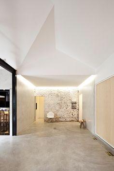 Espacio de exposiciones Bediff / Estudio BRA arquitetura