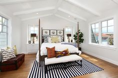 Dunn Edwards Gray Design Ideas, Pictures, Remodel and Decor Milk Glass for walls and White 380 for baseboards and trim.