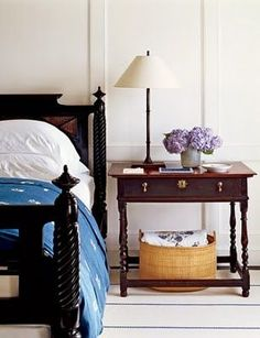 Nautical beach bedroom in blue and white - a classic combo