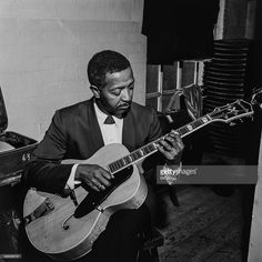 http://media.gettyimages.com/photos/american-swing-jazz-guitarist-freddie-green-circa-1960-picture-id598269747