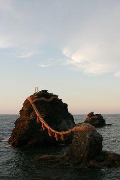 伊勢 夫婦岩 by hiro-yuki