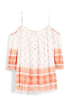 Stitch Fix Spring Trends: Off-the-Shoulder Tops