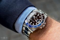 No I wasn't lucky enough to pickup this bad boy Rolex GMT BLNR. Men's Watches, Sport Watches, Luxury Watches, Cool Watches, Fashion Watches, Watches For Men, Wrist Watches, Rolex Gmt Master, Patek Philippe
