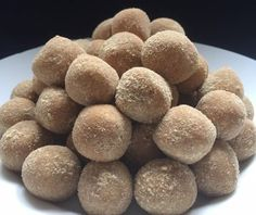Sweet Recipes, Dog Food Recipes, Cooking Recipes, A Food, Food And Drink, No Bake Energy Bites, Sweets, Candy, Meal
