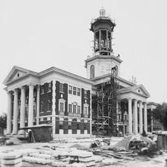 Pat Neff Hall under construction in 1939. It originally housed the presidents office, eight classrooms and the Texas Collection. #tbt #Baylor (via #BaylorUniversity on Instagram)