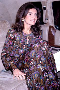 Jacqueline Kennedy Onassis attends the Metropolitan Opera's Royal Ballet on May 7, 1974, in New York City.