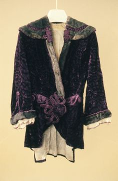 Jacket design house G. Giuseffi L.T. Company date 1910 - 1914 materials velvet, lace and net
