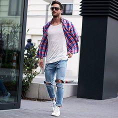 Hemd. http://fboxx.net/1AsHRLa Shirt. http://fboxx.net/1c5Avba Jeans. http://fboxx.net/1amzslm Schuhe. http://fboxx.net/1dC78h5 Brille. http://fboxx.net/1bovzge