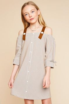 This cute buttoned down dress features cold shoulder design, contrast faux suede buttoned strap, and ribbon trimmed cuff. Baby Girl Dresses, Baby Dress, Cute Dresses, Young Fashion, Kids Fashion, Fashion Outfits, Outfits For Teens, Cute Outfits, Ashley Clothes