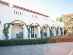 Haras Hacienda is a distinctive one-of-a-kind venue that can fit any style and budget, the stylish richness and equestrian appeal of the Hacienda provides the perfect setting for your special celebration.