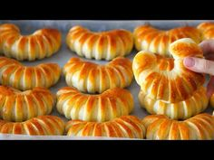 Croissants, Doughnuts, Mousse, Muffin, Food And Drink, Bread, Breakfast, Desserts, Recipes