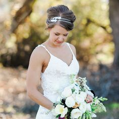 In a sentimental touch, Mikaela fashioned her double-stranded headband using pieces of lace from her mom's wedding headpiece.