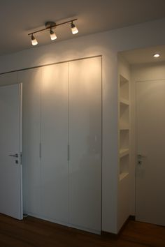 Shelves end coat cupboard Bedroom Wardrobe, Home Bedroom, Coat Cupboard, Entry Furniture, Build A Closet, Interior Decorating, Interior Design, Love Home, Home Organization