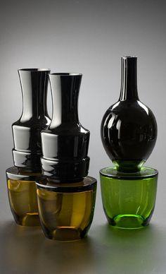 Jakub Berdych , black glass