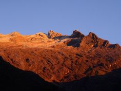 Pico Humboldt, cara sur - Venezuelan Andes - Wikipedia Younger Dryas, Plate Tectonics, Snowy Mountains, Sierra Nevada, Geology, Foundation, Foundation Series