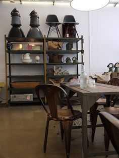 Harvest and Company is an amazing new one-stop-shop based in Amsterdam, specialized in high quality vintage furniture, interior goods, specialty coffee, fine art, and beautifully crafted items for travel, work and living. All with permanent style.