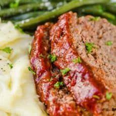 Homemade Meatloaf, Easy Meatloaf, Meatloaf Recipes, Pie Recipes, Salad Recipes, Vinaigrette, Creamy Shrimp Pasta, Cajun Shrimp, Strawberry Sauce