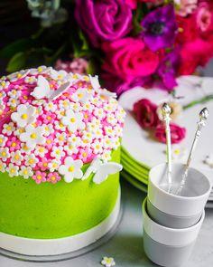 Бисквитный торт с маком и лимоном «Флора» | Andy Chef (Энди Шеф) — блог о еде и путешествиях, пошаговые рецепты, интернет-магазин для кондитеров |