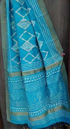 Exclusive new Hand block printed silk cotton gicha border sarees Lace Saree, Cotton Saree, Elegant Fashion Wear, Trendy Fashion, Elegant Saree, Printed Silk, Fashion Dresses, Hands, Quilts