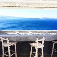 Welcome to Alta Mare by Andronis, one of the best luxury Oia Santorini hotels perched on the edge of the Caldera's dramatic cliff that disarms your senses. Hotels In Oia Santorini, Drink, Luxury, Architecture, Unique, Arquitetura, Beverage, Drinking, Drinks