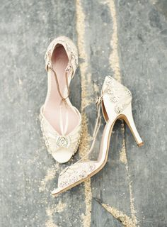 Shoes: Emmy London |