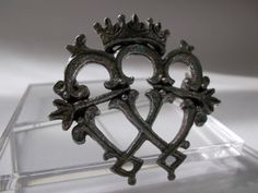 Vintage Luckenbooth Brooch Scottish Celtic