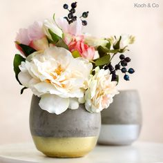 For that trendy industrial look get your cement pots at wholesale prices from Koch & Co. We deliver concrete pots and concrete planter boxes Australia wide. Concrete Planter Boxes, Concrete Planters, Planter Pots, Flowers Australia, Artificial Silk Flowers, Event Organiser, Flowers Online, Flower Pots, Wedding Bouquets