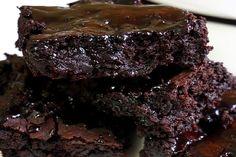 Brownie vegano sem glúten com um ingrediente bem diferente, mas que todo brasileiro tem em casa !