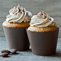 Choffy Vanilla Cupcakes w/ Choffy Mascarpone Frosting