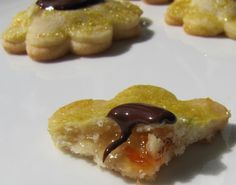 Honeybell Flower Cookies with Davidson of Dundee Orange Marmalade sent in by one of our customers