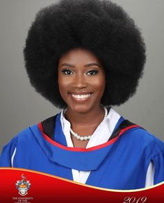 It's not everyday we see women graduating with a Big Afro hair, this brings us so much joy and we have to celebrate for this iconic moment 🙌🏾💫 ———————-⠀ Dear Queen, your Afro hair hair is enough, your brown skin is Precious. Curly Hair Styles, Natural Hair Styles, Big Afro, Texturizer On Natural Hair, Big Hair Dont Care, Brown Skin Girls, Queen Hair, Afro Hairstyles, The Girl Who
