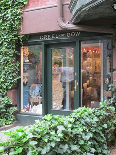 Creel And Gow 131 E 70th St New York Ny This Was Formerly A Stable Quaint Stables Places