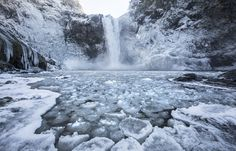 Snoqualmie Falls make icy landscape   The Seattle Times