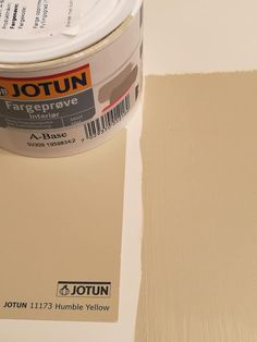 10 hjem malt i Jotun Humble Yellow 11173 Jotun Lady, Wall Colors, Colours, Bedroom Colors, Color Schemes, Yellow, Neutral Paint, Painting, Palette